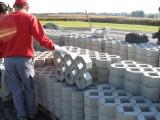 Bau der Ausweichstelle :: ca 200m2 Betonsteine bilden die neue Umkehre