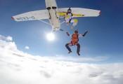 Grenzenlose Freiheit :: Ausstieg hoch über den Wolken
