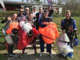Fallschirmausbildung 2018 :: Die stolzen neuen Fallschirmspringer mit dem Ausbildungsteam
